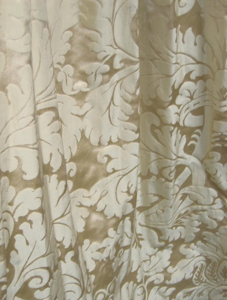Taupe/Champagne Classical Damask