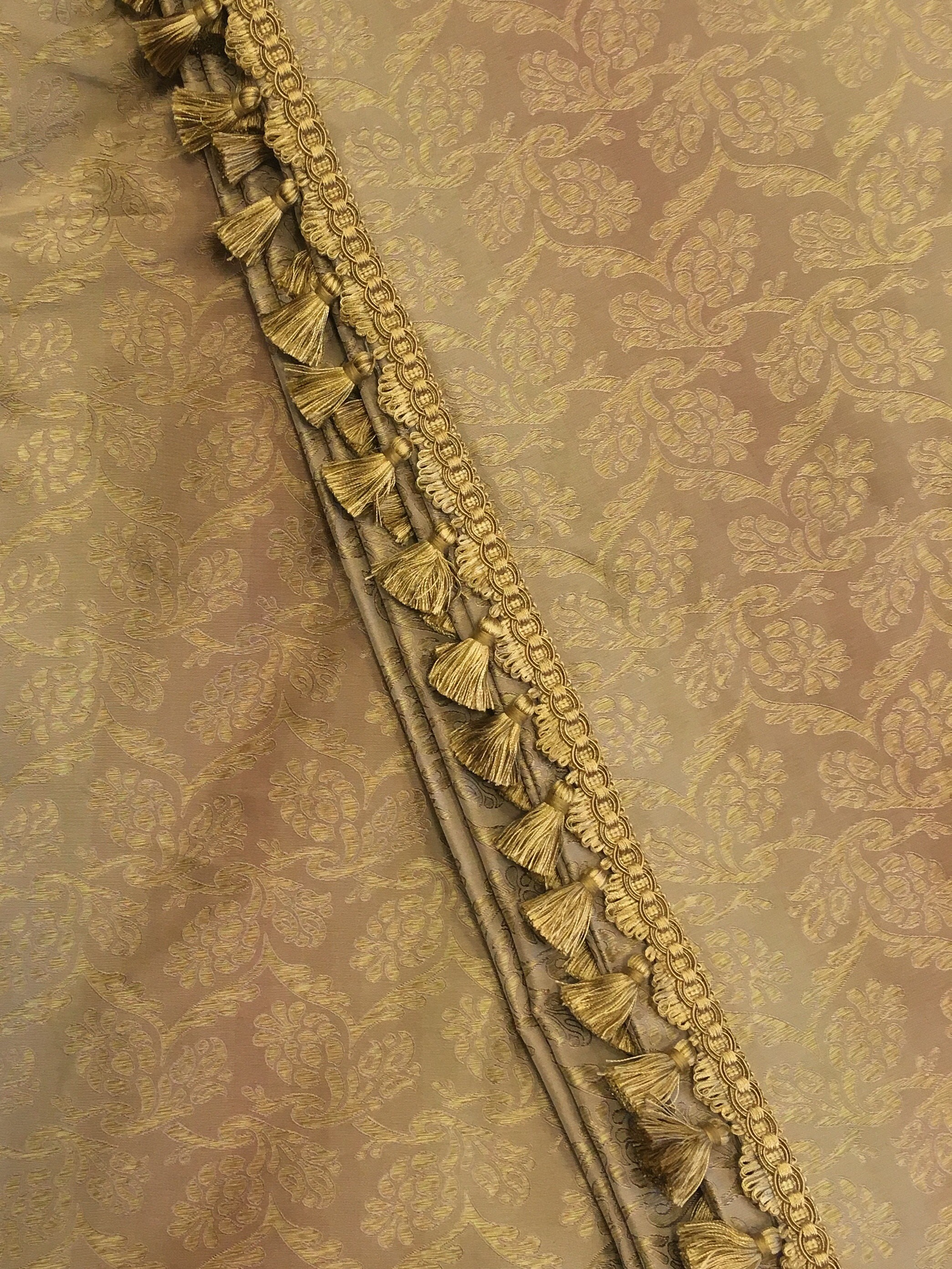 Antique Gold Small Floral Damask